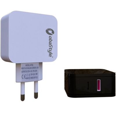 3.0A USB + PD TRAVEL WALL CHARGER